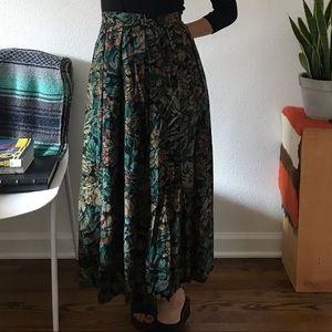 Vintage ankle length skirt green floral 12